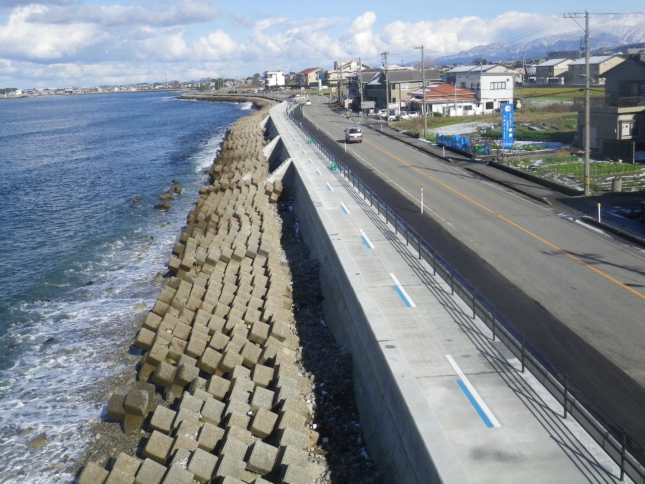 2018年 魚津海岸(道下地区)護岸改良第三工区工事